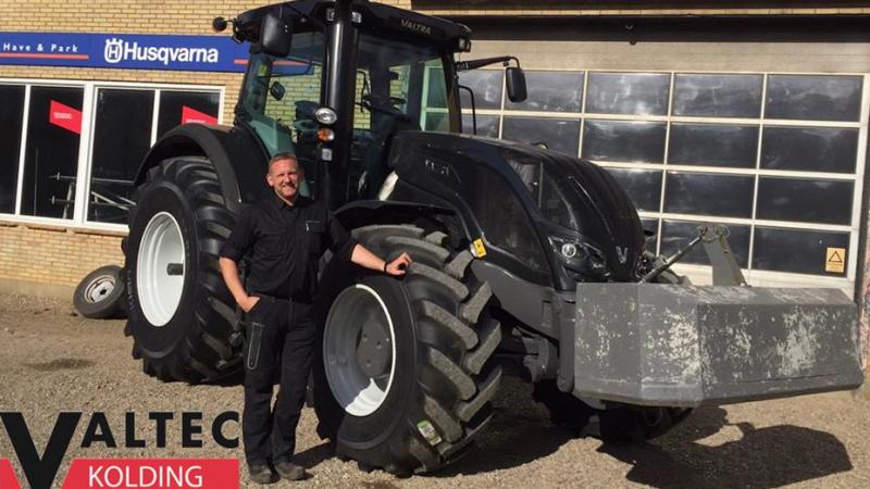 Ny traktor Valtra S 374